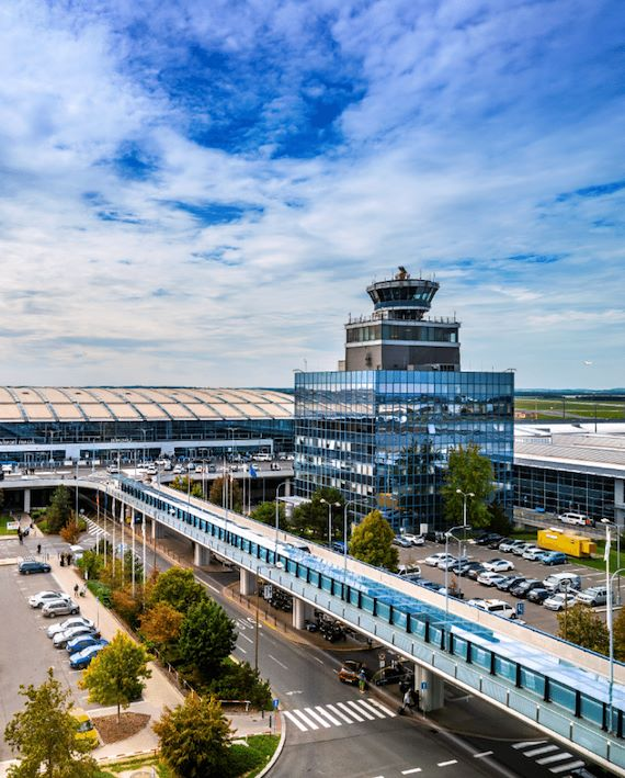 Výhled na letiště.
