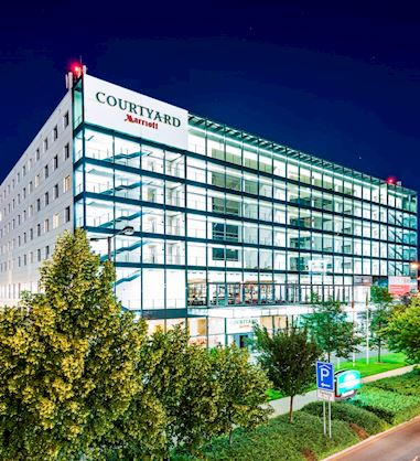 Courtyard by Marriott Prague Airport | Building